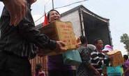 Trao 1.000 phần quà cho người nghèo ở Svay Rieng