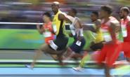 Usain Bolt chạy như đi dạo, vẫn vào bán kết