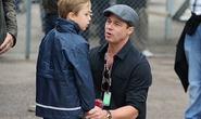 Con gái Brad Pitt khóc ròng, mong về nhà với cha