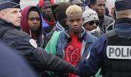 """Pháp xóa sổ """"rừng tị nạn"""" Calais"""