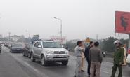 Bức xúc về thu phí BOT, dân lái gần 50 ô tô chặn cầu