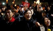Tổng thống Hàn Quốc sẽ bị thẩm vấn?
