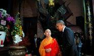 Câu nói bất ngờ của ông Obama trong chùa Ngọc Hoàng