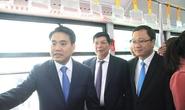 Chủ tịch Hà Nội làm khách chuyến xe buýt nhanh đầu tiên