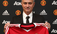 Mourinho: M.U thần bí và lãng mạn