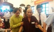 Người mang án tử tù oan ở Bắc Ninh được dìu đến nghe xin lỗi