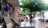 Người dân Đồ Sơn dựng lô cốt chống bão số 3