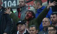 """CĐV Anh – Scotland đánh nhau đổ máu trong """"Ngày đình chiến"""""""