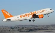 Máy bay hạ cánh khẩn cấp vì mùi khét trong buồng lái