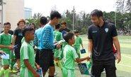 Cầu thủ Avispa Fukuoka hướng dẫn cho cầu thủ nhí Cần Thơ