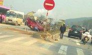 Ô tô do phụ nữ điều khiển quay đầu bị xe container tông nát