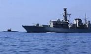 Tàu ngầm Nga trực chiến trước trận bóng đá Anh – Nga