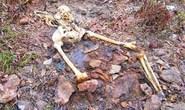 Vào rừng soi ếch, tá hỏa thấy bộ xương phụ nữ