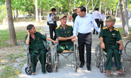 Thành ủy TP HCM thăm, tặng quà thương bệnh binh