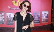 Minh Hằng diện đầm xuyên thấu tại Tuần phim Việt