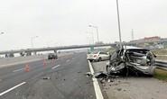 Xế hộp tông nhau kinh hoàng trên cao tốc Hà Nội-Hải Phòng
