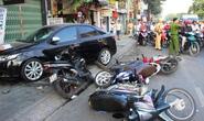 Ô tô điên tông liên hoàn 6 xe máy