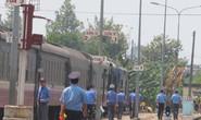Vụ sập cầu Ghềnh: Giảm số chuyến tàu trong khi chờ khắc phục