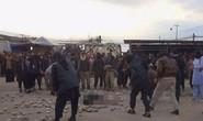 Bị lính IS cưỡng hiếp rồi nhận án tử vì ngoại tình