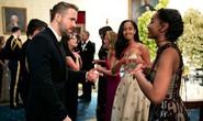 Khoảnh khắc đáng yêu của hai ái nữ nhà Obama