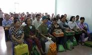 Trao quà cho Hội Người mù  và Trại phong Bình Minh