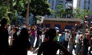 Venezuela nhận trả nợ bằng thức ăn, thuốc men
