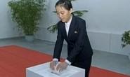 Ông Kim Jong-un kén chồng cho em gái