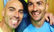 Mất răng trận derby, sao Man City vẫn cười rạng rỡ