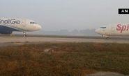 Ấn Độ: Hết máy bay trượt đường băng lại tới đối đầu