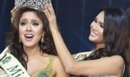 Tân Hoa hậu Trái Đất vướng đấu tố dùng thân mua giải