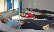 Sau bữa ăn trưa, 182 công nhân phải vào bệnh viện