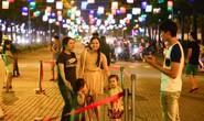 Đêm trung thu, giới trẻ Sài Gòn thích thú với lồng đèn Pokemon