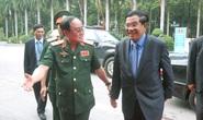 Thủ tướng Campuchia thăm Quân khu 7