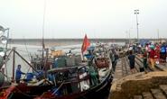 Theo chânphi đội chong đèn săn cá lẹp ở Quảng Trị