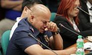 Cảnh sát trưởng Philippines nức nở thề sát cánh với tổng thống