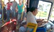 Tá hỏa vì quan tài đi nhờ xe buýt ra nghĩa trang