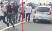 Phạt hành chính phóng viên bị hành hung, khiển trách cảnh sát