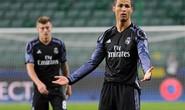 Ronaldo tịt ngòi trong trận cầu 6 bàn thắng ở Warsaw