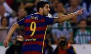 Suarez giúp Barcelona vượt ải Betis, vững ngôi đầu La Liga