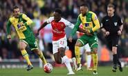 Welbeck lập công, Arsenal nhấn chìm Norwich