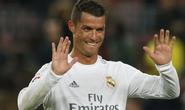 Siêu kinh điển: Thẻ đỏ và phút thăng hoa của Ronaldo