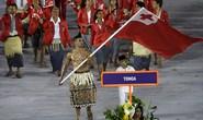 Người cầm cờ đoàn Tonga ở Rio 2016 gây bão mạng xã hội