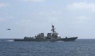 Tàu chiến Mỹ lại bị nhắm bắn ở Yemen