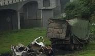 Xe tải tông gãy lan can cầu rơi xuống đất, tài xế tử vong