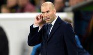 Benzema hỏng ăn, Zidane tiếc…rách quần