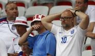 Những khoảnh khắc làm nhói lòng CĐV Anh