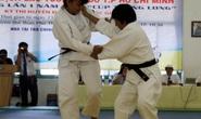 Cao Ngọc Phương Trinh vô địch giải judo lão tướng