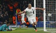 """Ibrahimovic muốn """"tiễn"""" thêm Man City"""