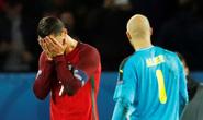 Nên thông cảm cho Ronaldo