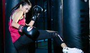Xem nữ võ sĩ UFC gợi cảm ở Thảo Điền